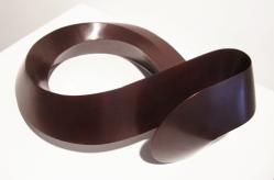 Sebastian, Nudo trivial simplicial, 2014, bronce patinado, 29.5 x 43.5 x 22 cm (2)